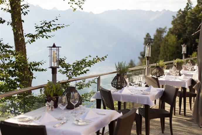 Miramonti boutique hotel hafling compare deals for Hotel miramonti boutique
