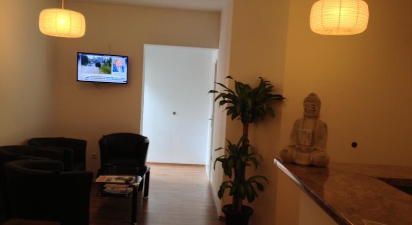 Hotel Ambiente By Next Inn Hamburg Compare Deals