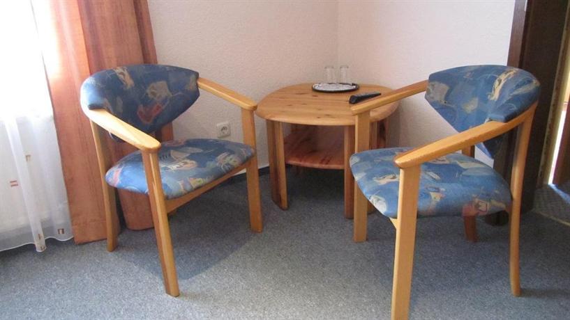 pension spitzenhornbucht hotel wolgast. Black Bedroom Furniture Sets. Home Design Ideas