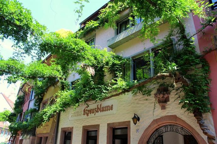 kreuzblume hotel restaurant freiburg im breisgau compare deals. Black Bedroom Furniture Sets. Home Design Ideas