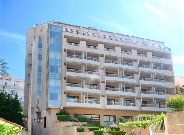 Appart 39 hotel odalys les felibriges cannes compare deals for Appart hotel odalys