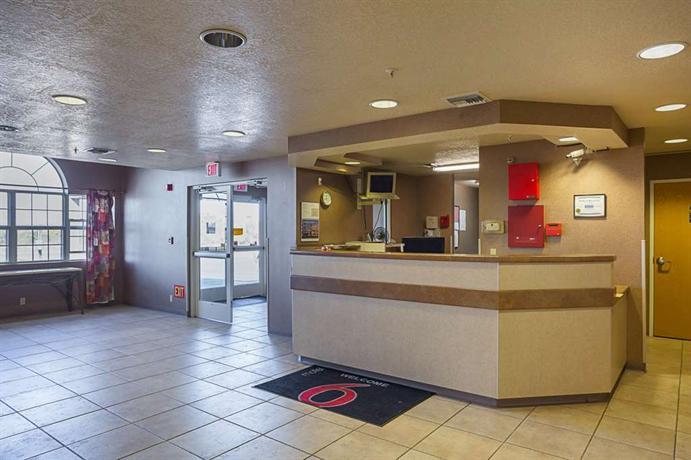 Motel 6 Bernalillo  pare Deals