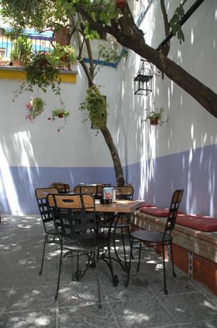 Casa de los azulejos cordoba compare deals for Hotel los azulejos cordoba