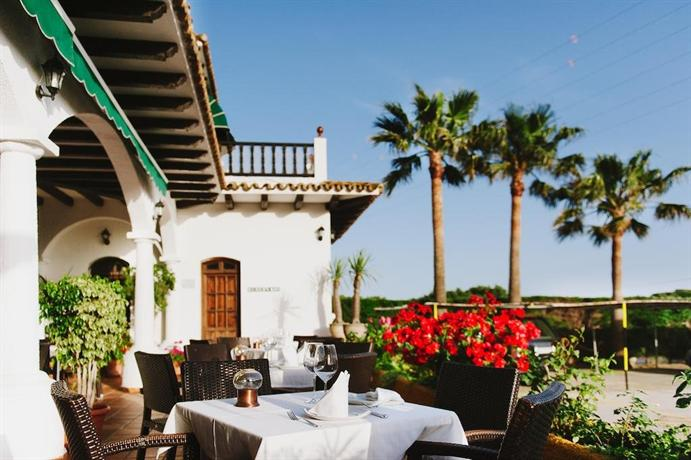 cena italiano besando cerca de Cádiz