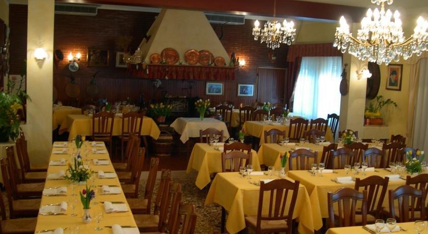 Hotel dall ongaro prata di pordenone ghirano compare deals for L arredamento prata di pordenone