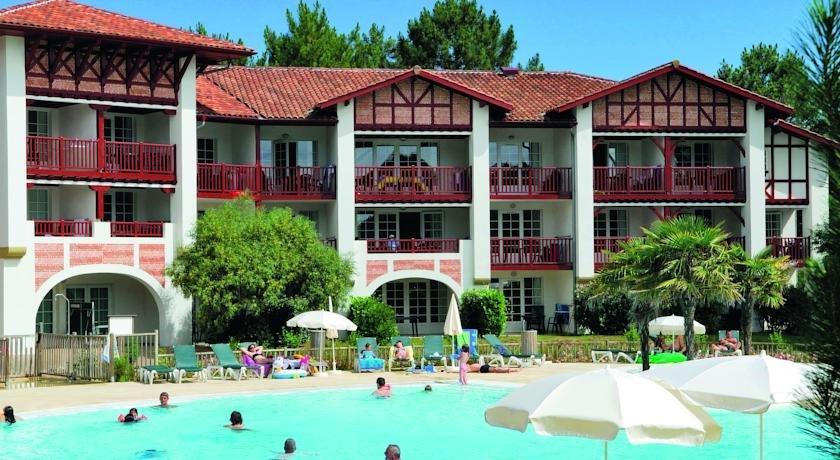 Pierre vacances le domaine de gascogne hotel biscarosse for Comparer les hotels