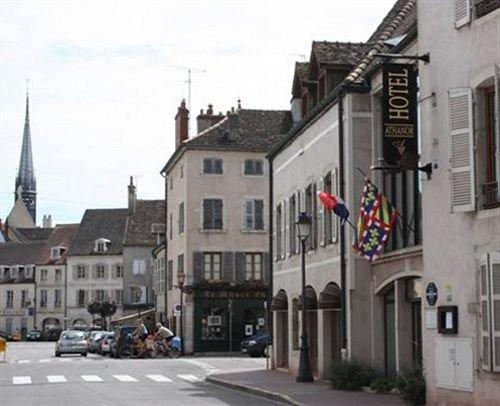 Hotel athanor beaune compare deals for Hotels beaune