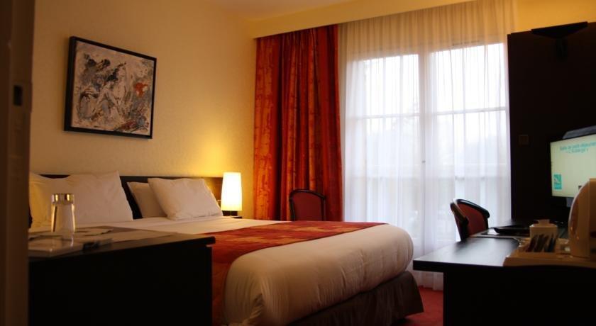 Qualys hotel rouen saint martin du vivier compare deals for Hotels rouen