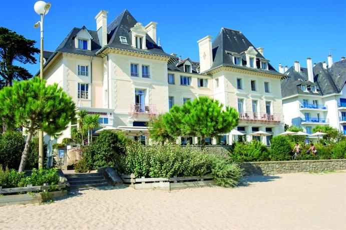 Villa caroline hotel la baule escoublac compare deals for Hotels la baule
