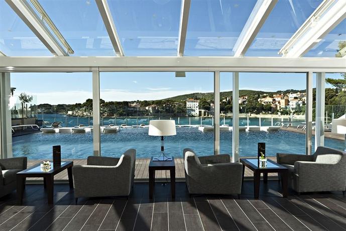 Ile rousse hotel thalazur bandol compare deals for Hotels ile rousse