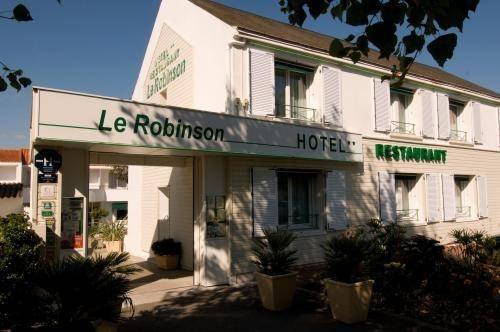 le robinson hotel saint jean de monts compare deals. Black Bedroom Furniture Sets. Home Design Ideas