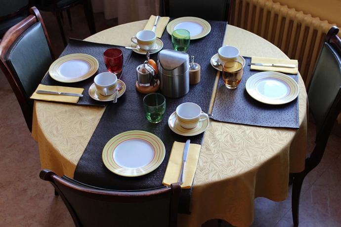 hotel bristol fagnieres fagni res vergelijk aanbiedingen. Black Bedroom Furniture Sets. Home Design Ideas