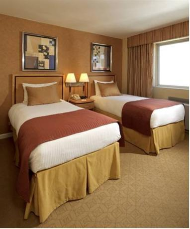 Skyline Hotel, New York City - Compare Deals