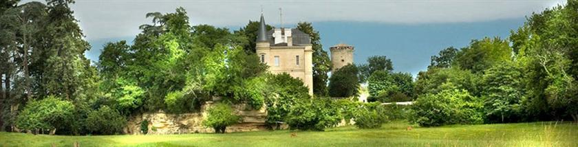 chateau de la tour hotel cadillac aquitaine offerte in corso. Black Bedroom Furniture Sets. Home Design Ideas