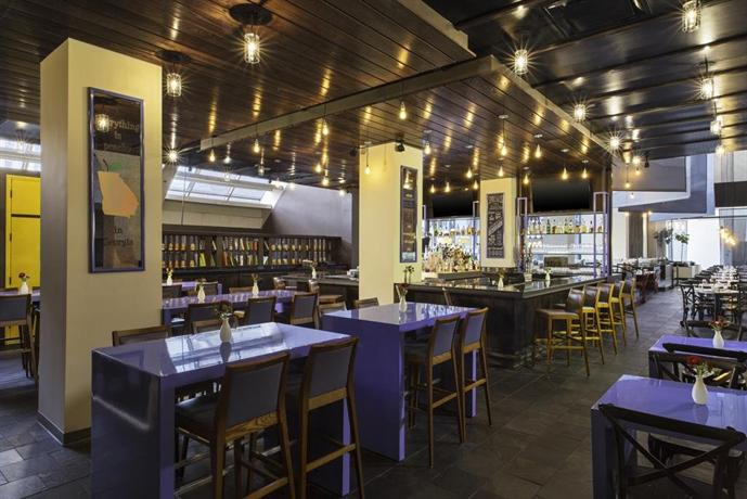 W atlanta midtown compare deals for Best private dining rooms midtown
