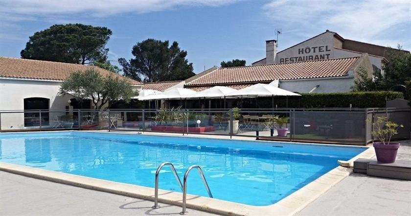 Les aubuns country hotel caissargues compare deals for Comparer les hotels
