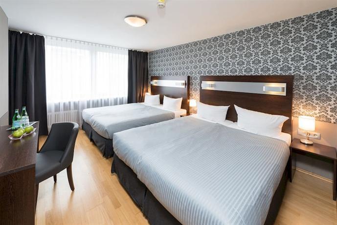 Hotel munich inn design hotel m nchen vergelijk for Designhotel munchen