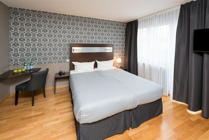Hotel munich inn design hotel compare deals for Design hotel muenchen