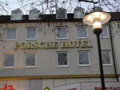 Porsche hotel wolfsburg vergelijk aanbiedingen - Tischlerei schone wolfsburg ...