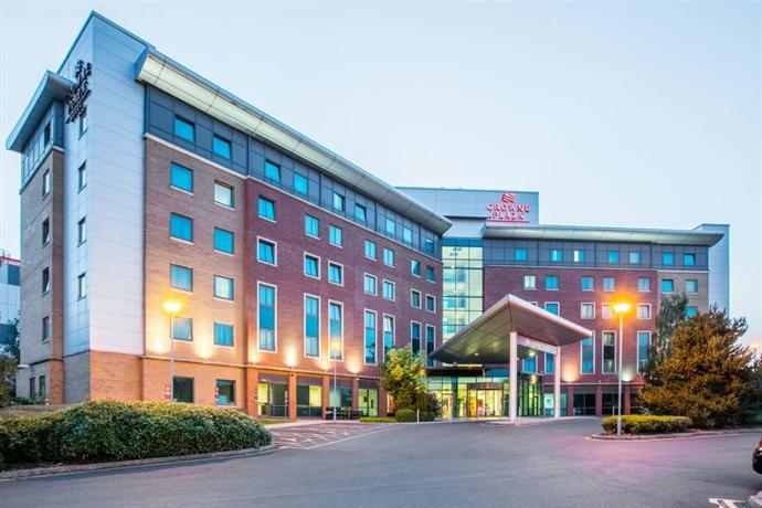Hotels Near Birmingham International Station
