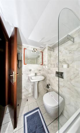 Hotel Karras Grande
