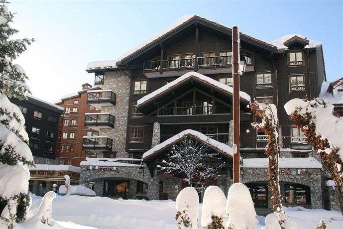 Avenue lodge hotel val d 39 isere compare deals for Hotels val d isere