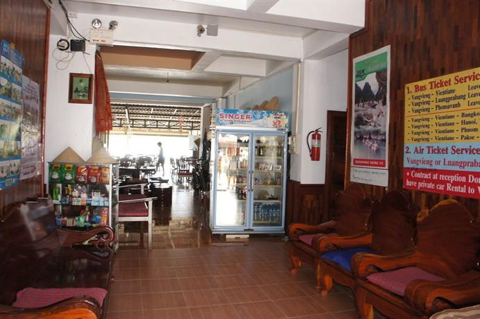 Domon guesthouse hotels vang vieng for Domon river guesthouse vang vieng