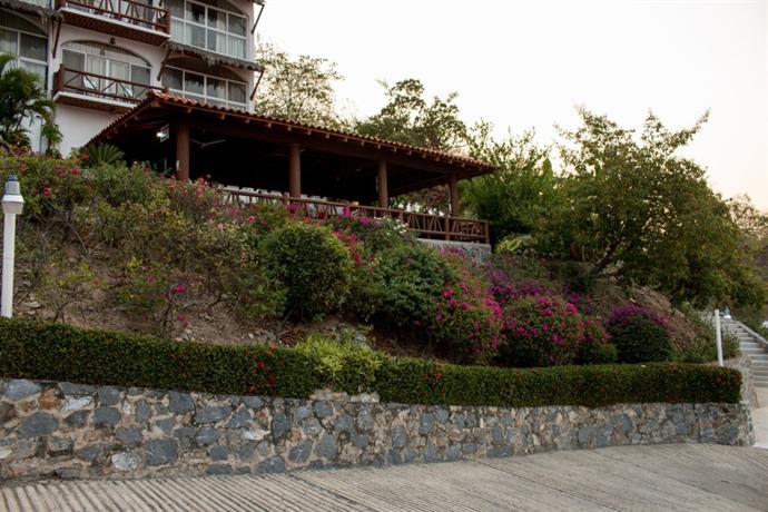 Villas el morro ixtapa zihuatanejo compare deals for Villas el morro