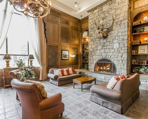 comfort suites boone north carolina compare deals. Black Bedroom Furniture Sets. Home Design Ideas