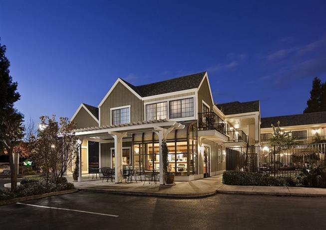 quality inn petaluma compare deals. Black Bedroom Furniture Sets. Home Design Ideas
