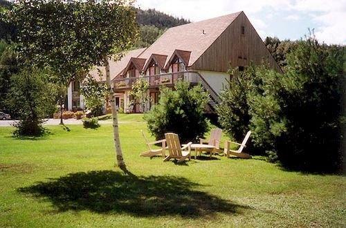 Auberge du jardin petit saguenay compare deals for Auberge jardin inn