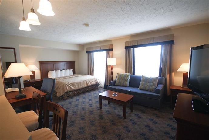 Charwood Suites Columbus / Camp Atterbuy