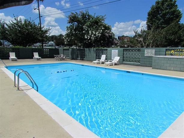 Colony House Motor Lodge Roanoke Compare Deals
