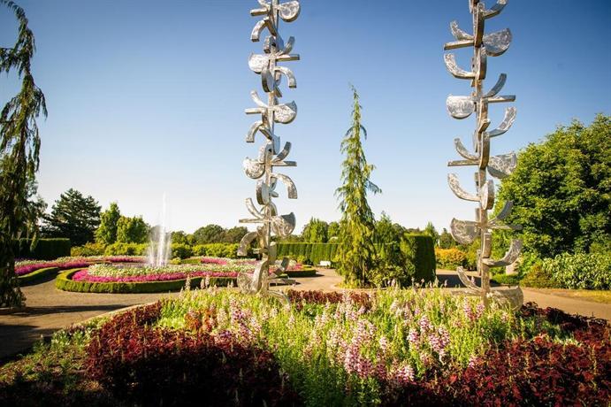 About Oregon Garden Resort