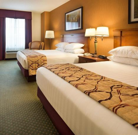 Des moines iowa hotels with jacuzzi rooms