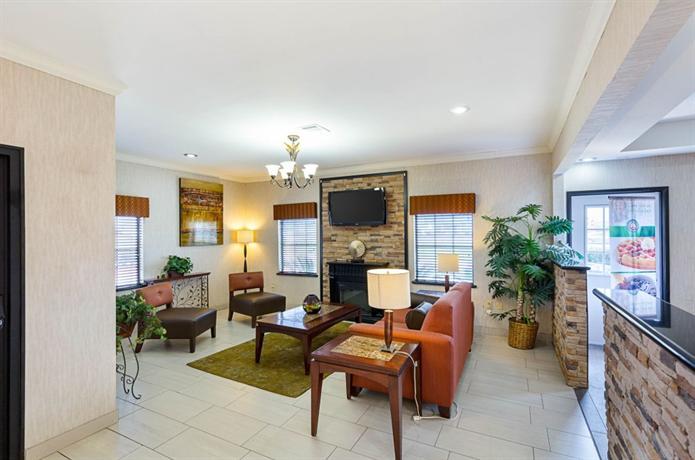Quality inn suites beaumont beaumont texas estados for Q furniture beaumont texas