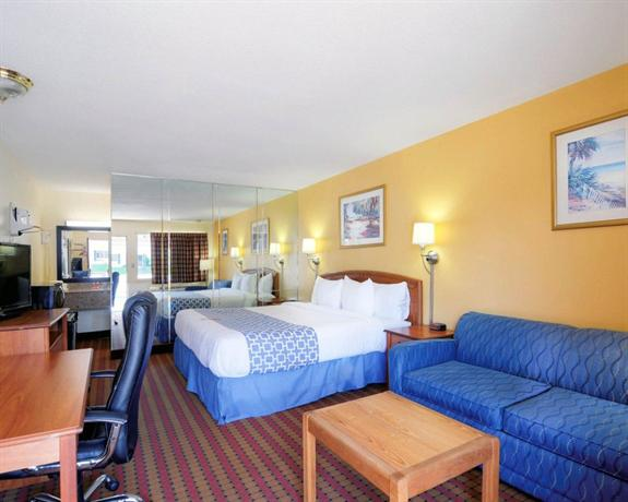 Econo Lodge Bristol Compare Deals