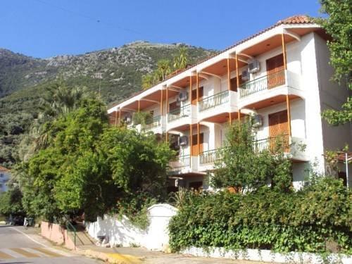 Alexandros Hotel Nikiana
