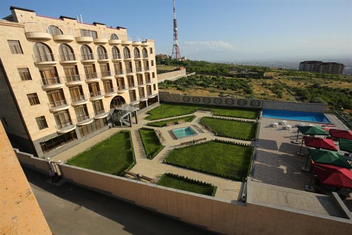 Narehotel hotels yerevan for 14 floor hotel yerevan