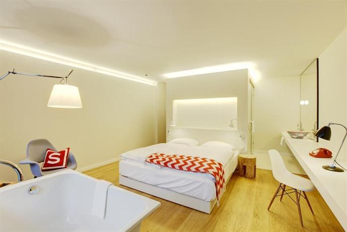Smartcity designhotel hannover compare deals for Hotel design hannover