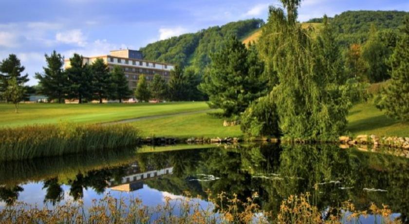 Deep Creek Lake Resort And Spa
