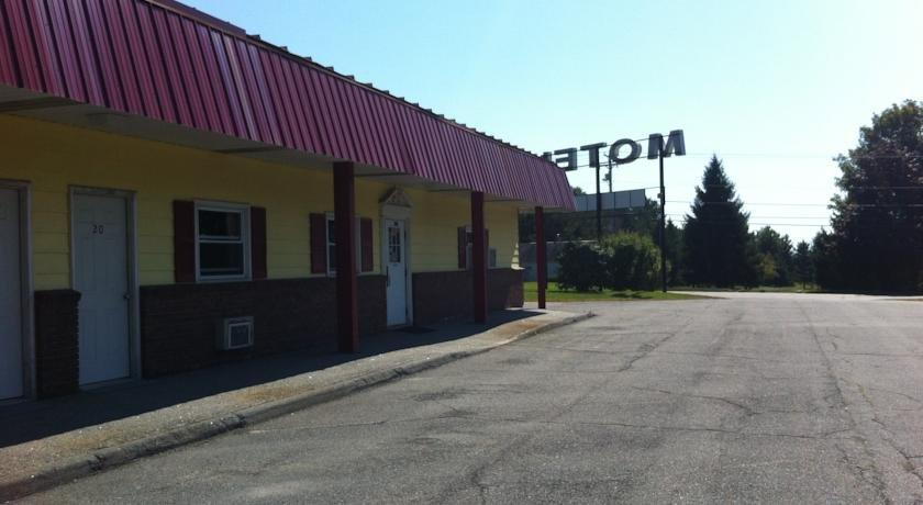Pittsfield Motor Inn Compare Deals