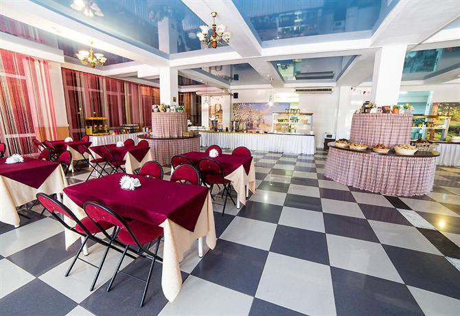 Гостиница Undersun ДельКон