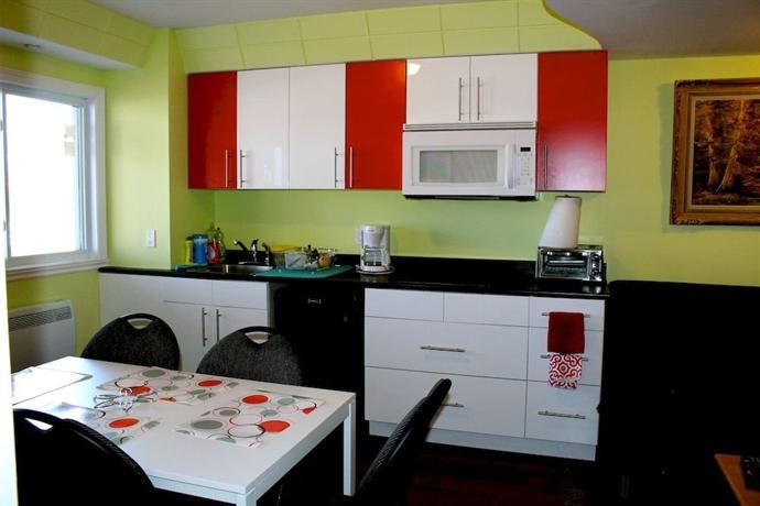 Les appartements de la belle rive 1 montreal compare deals for Bell rive