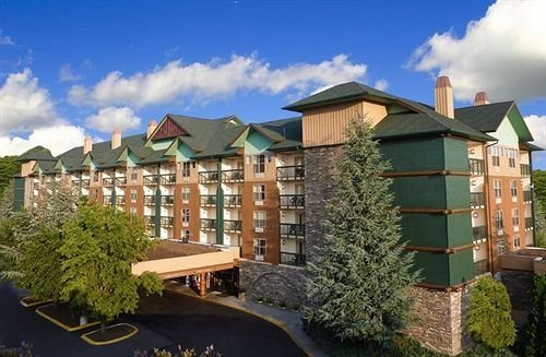 Grand Smokies Resort Lodge Pigeon Forge
