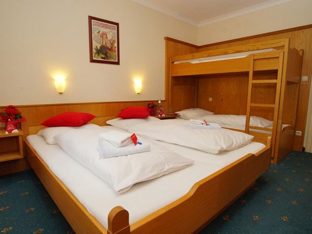 First Mountain Hotel Kaprun