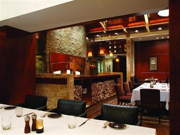Manila Guest Friendly Hotels - New World Manila Bay
