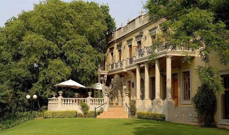 The fairlawns boutique hotel spa johannesburg compare for Boutique spa hotels uk