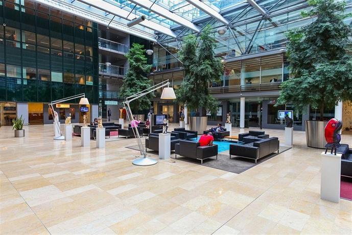 Qbic hotel amsterdam wtc compare deals for Hotel pas cher amsterdam booking