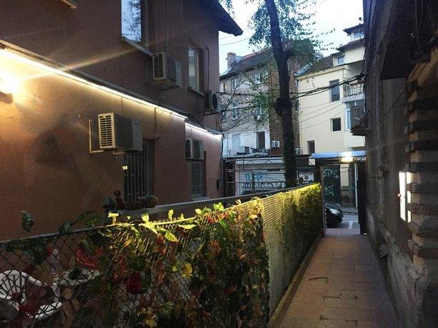 Elegance Hostel